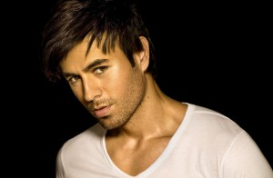 Music_Enrique_Iglesias_on_a_black_background_056229_