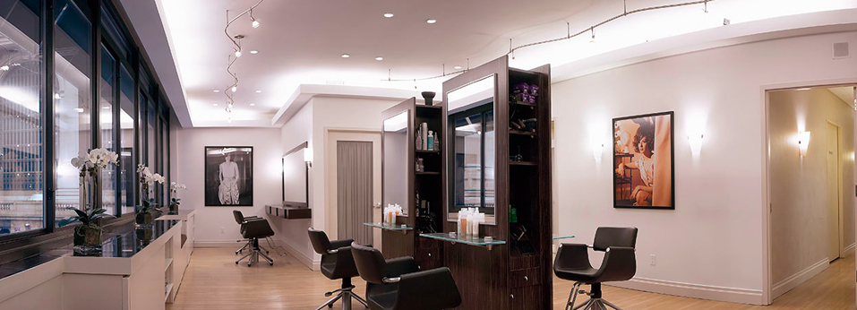 <b>NEW YORK: HAIR THERA...</b>
