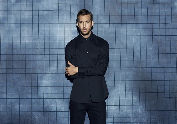 <b>CALVIN HARRIS TEAMS ...</b>