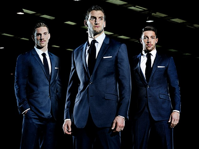 <b>THE WELSH RUGBY BOYS...</b>
