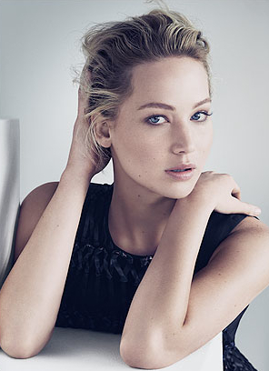 <b>JENNIFER LAWRENCE FO...</b>