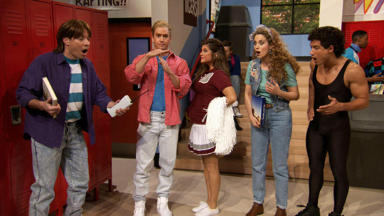<b>SAVED BY THE BELL: T...</b>