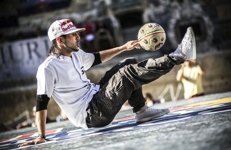 <b>SEAN GARNIER VS THE ...</b>