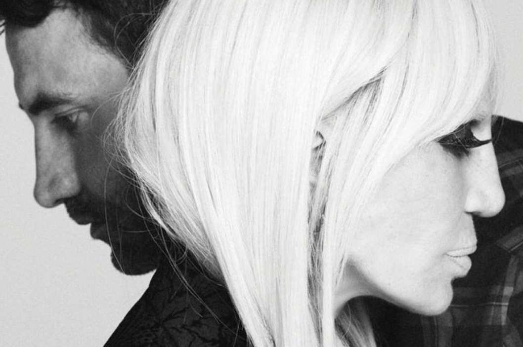 <b>Donatella Versace fo...</b>