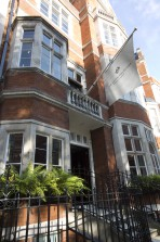 The Mount Street Women's Collective, 5 Carlos Place, Mayfair