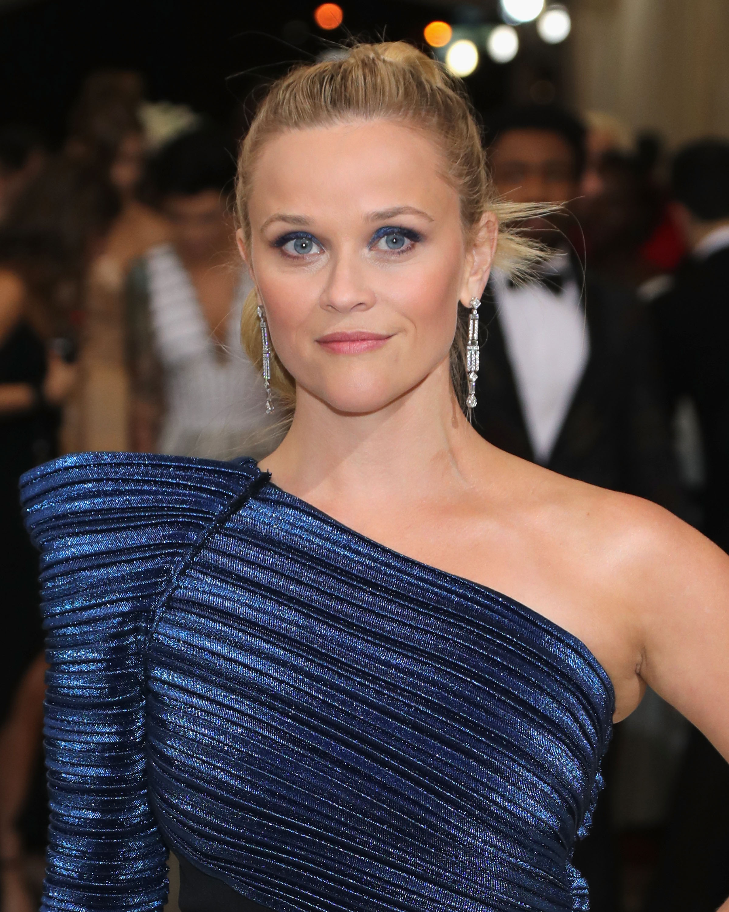 REESE WITHERSPOON MET GALA MAKEUP LOOK | Beauty And The Dirt Reese Witherspoon