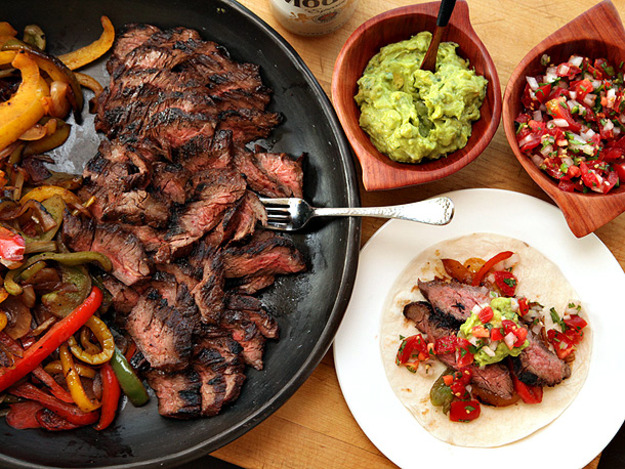 You can't go wrong with a Tex-Mex fajita platter.