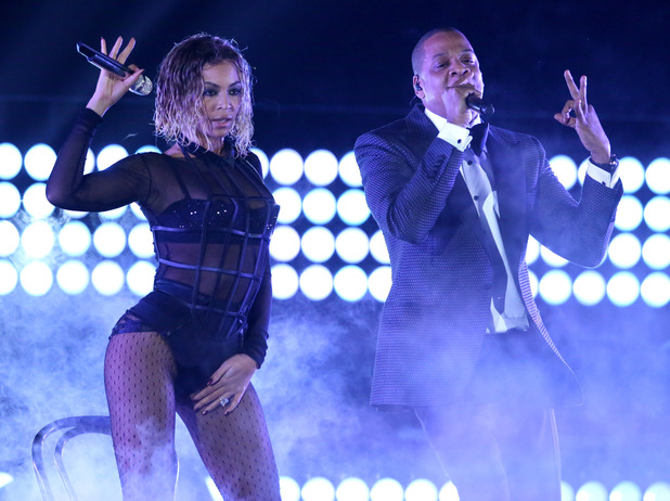 Beyonce and Jay Z perform 'Drunk In Love' at the Grammys 2014